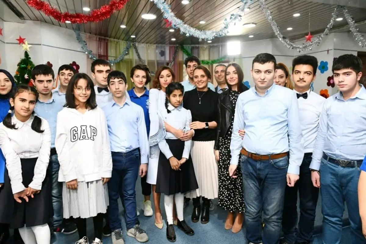 """Mehriban Aliyeva: """"Thank you to my dear friends from Rehabilitation Center for Children with Autism Spectrum Disorders"""""""