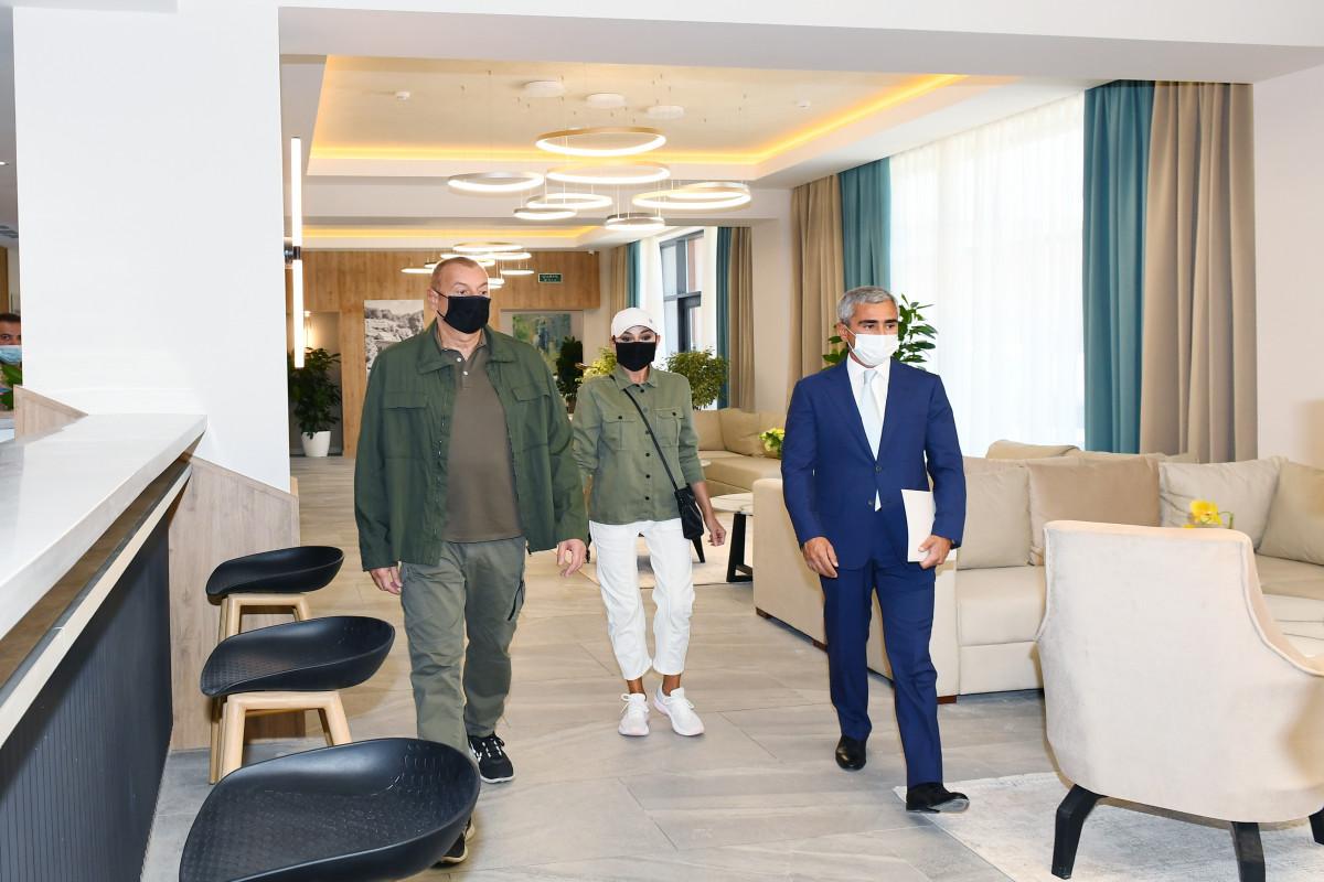 """Prezident İlham Əliyev və birinci xanım Mehriban Əliyeva Şuşada """"Qarabağ"""" hotelinin açılışında iştirak ediblər - FOTO  - YENİLƏNİB  - VİDEO"""