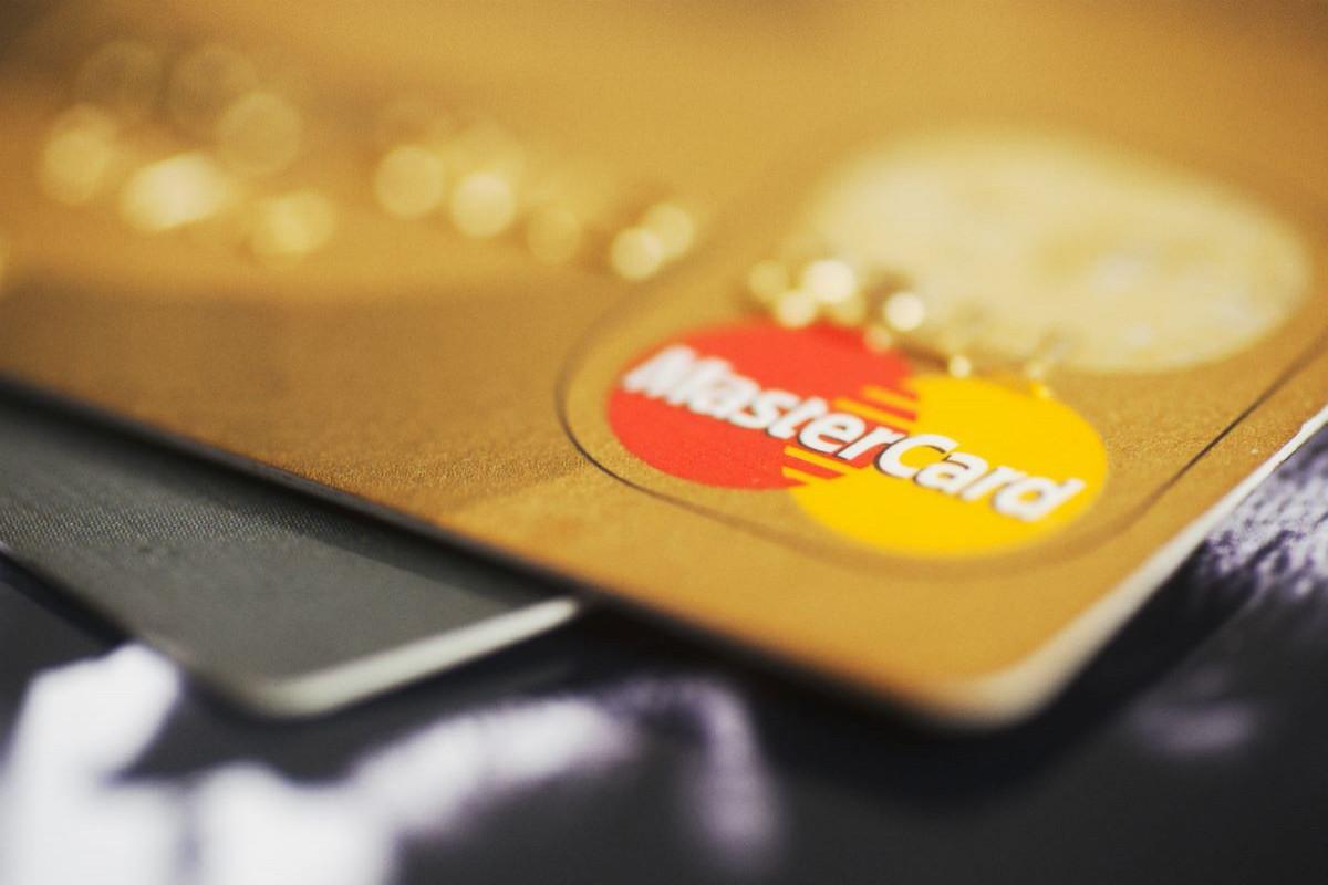 """""""Mastercard"""" və """"Maestro"""" kartlarında ciddi boşluq aşkarlanıb"""