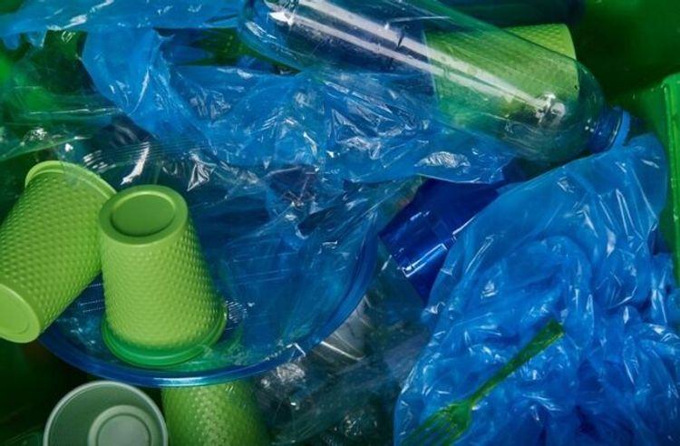 Polietilen torbalar və plastik qabların istifadəsinə qoyulan qadağalara riayət edilməsinə nəzarət gücləndirilir