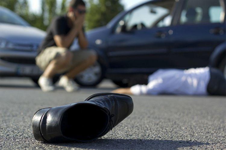 В Баку автомобиль насмерть сбил пешехода