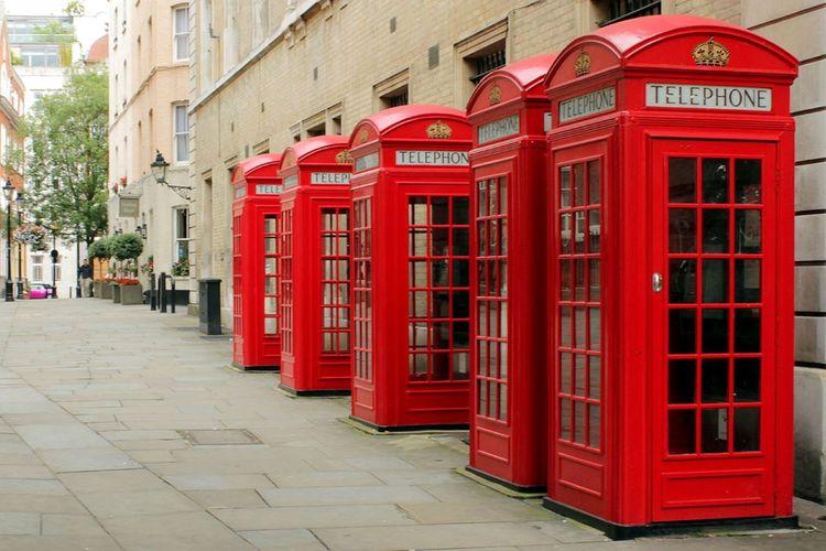 Bakıda London tipli taksofon kabinələrinin sayı artırılacaq - FOTO