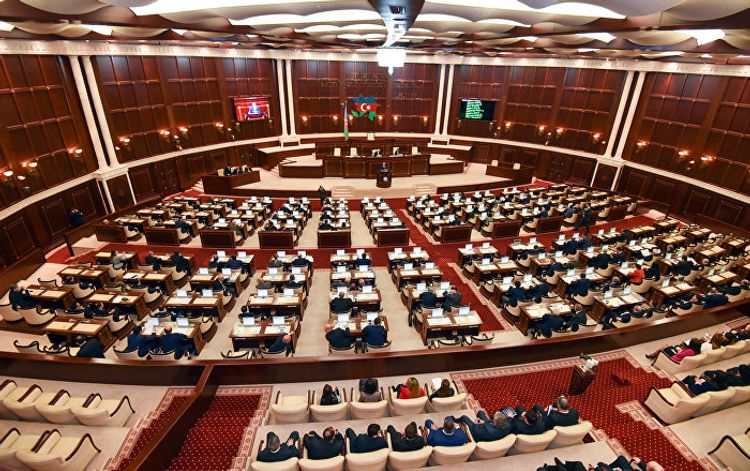 Prezident İlham Əliyev Milli Məclisin komitələri ilə bağlı Qanunu təsdiq edib