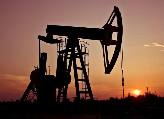 Цена азербайджанской нефти приближается к $57