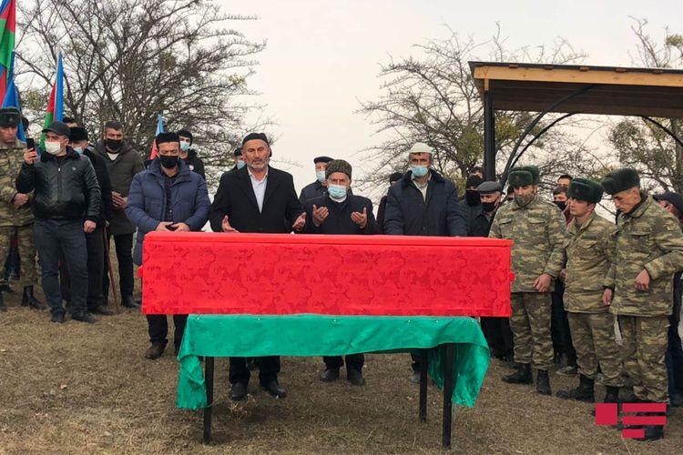Azərbaycan Ordusunun şəhid olan əsgəri Qusarda dəfn olunub - FOTO