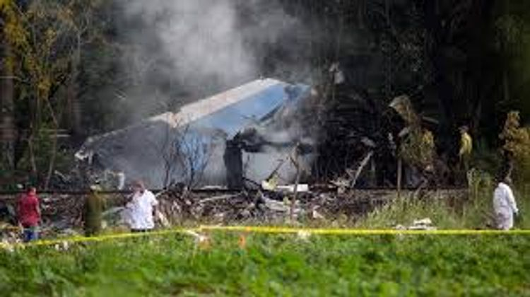 Five dead in Cuban military helicopter crash