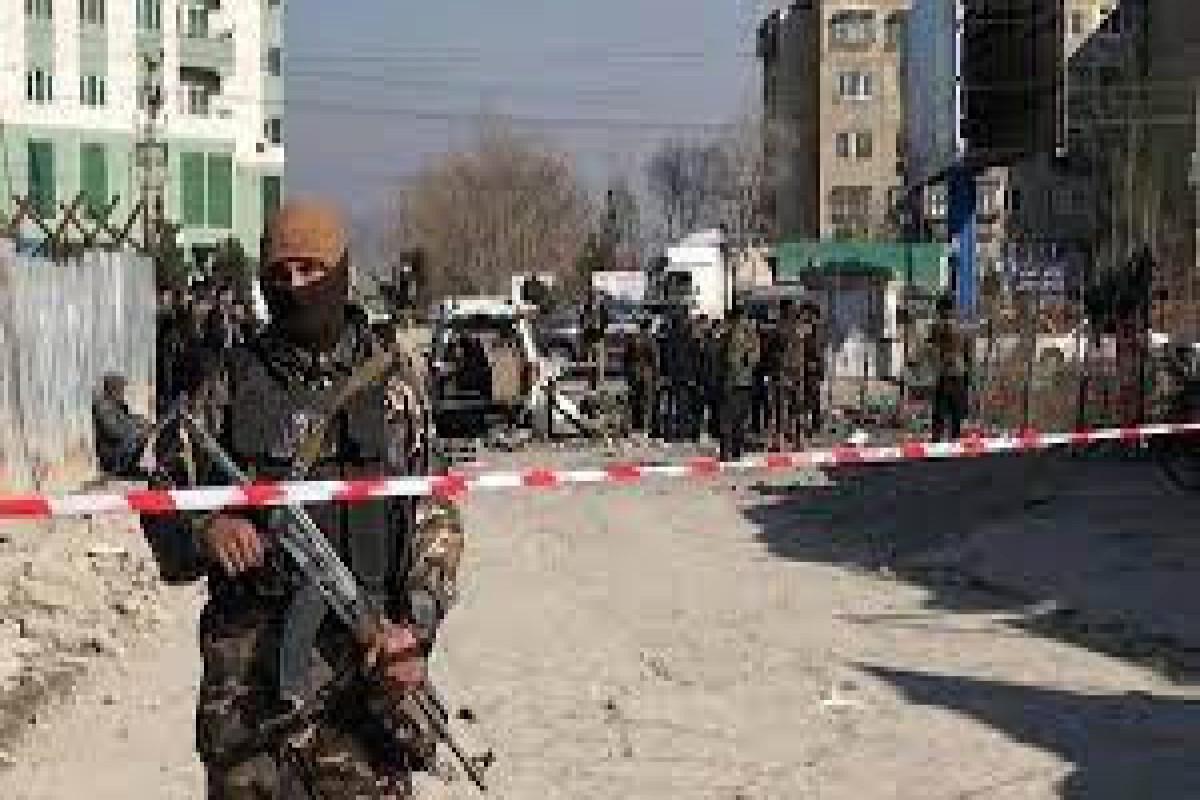 Əfqanıstanda avtomobil partladılıb, 8 polis ölüb
