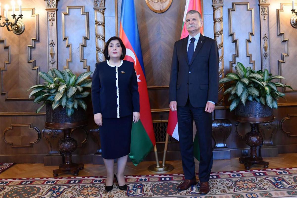 Sahibə Qafarova Macarıstan Milli Assambleyasının sədri ilə görüşüb