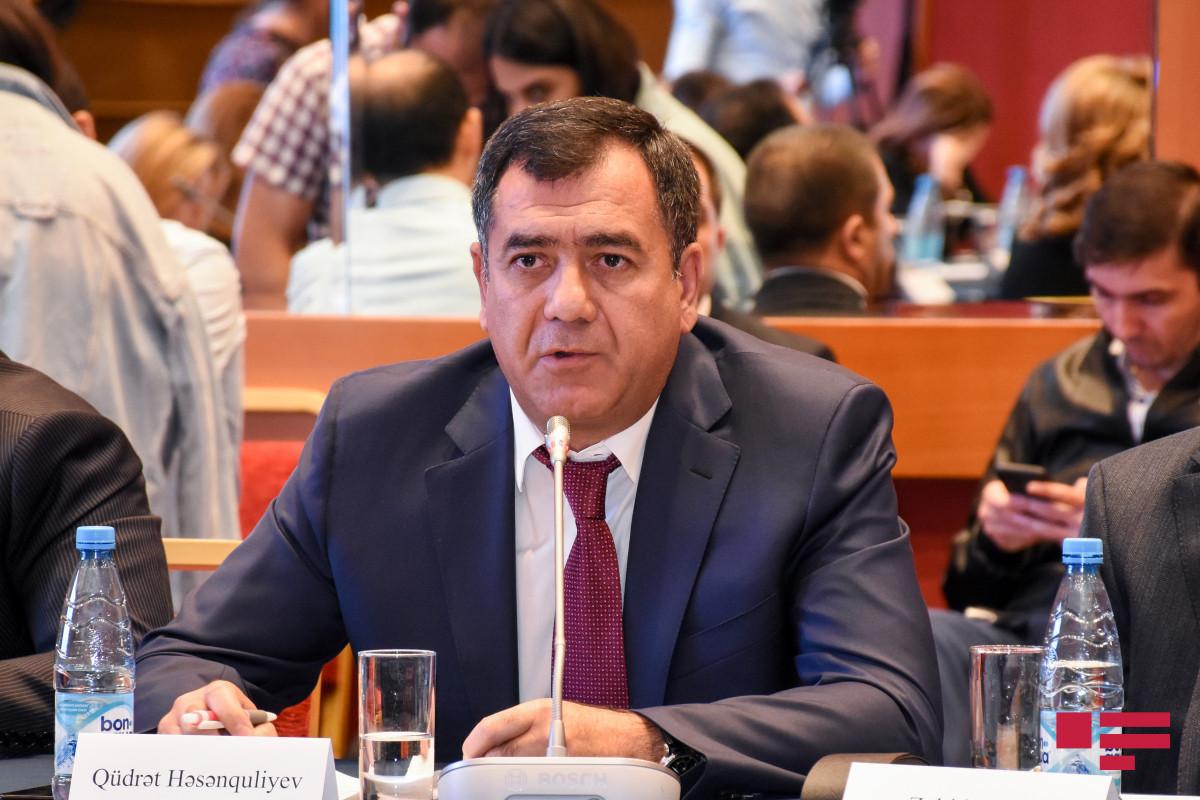 Deputat MM-in iclaslarının sayının artırılmasını təklif edib