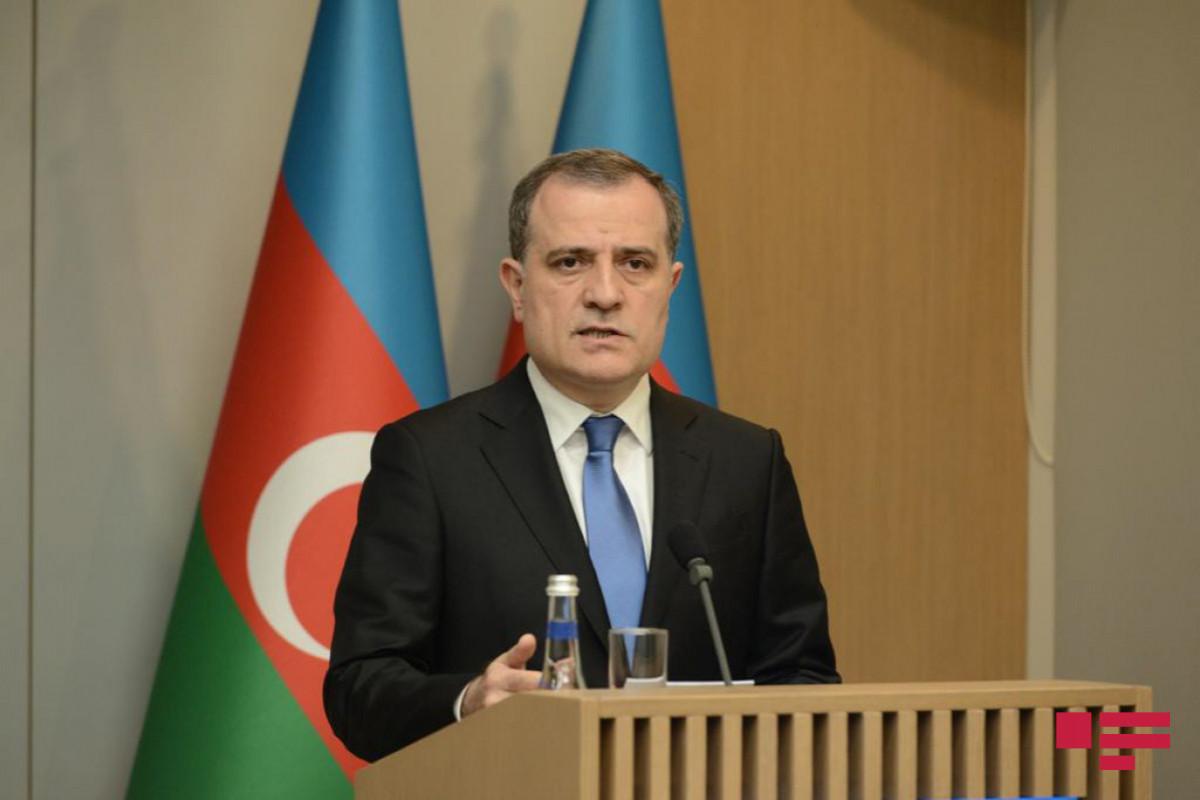 Azerbaijani FM calls on Armenia regarding dialogue