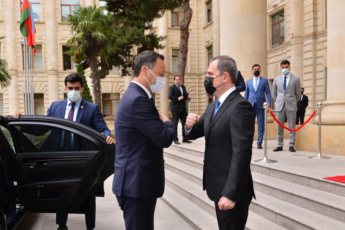Прошла встреча глав МИД Азербайджана и Кыргызстана-ОБНОВЛЕНО-1