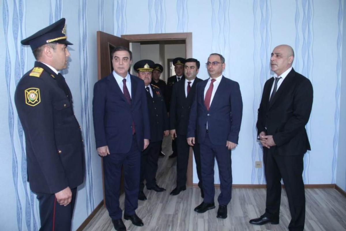 Gəncədə polis serjantına mənzil təqdim olunub