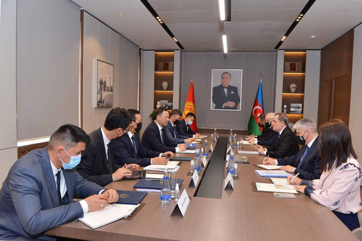 Azerbaijani FM met with his Kyrgyz counterpart-UPDATED-1
