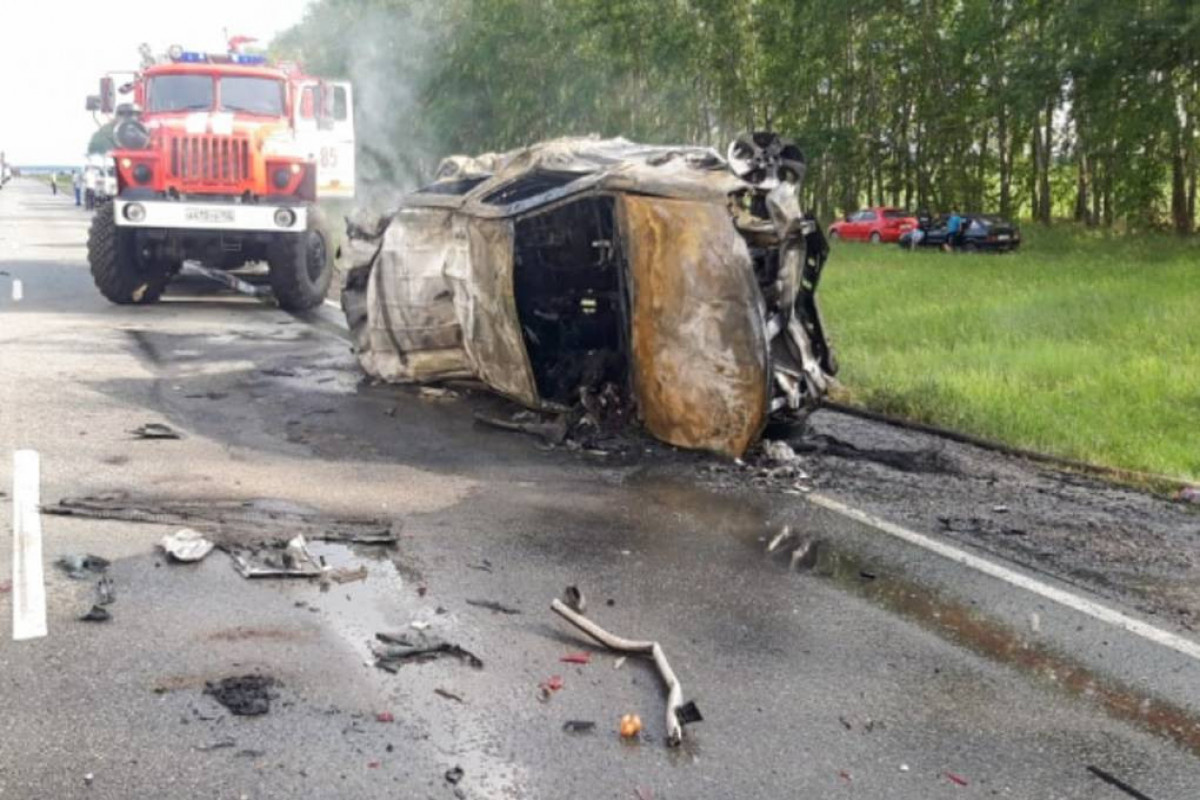 Шесть человек погибли в ДТП в России