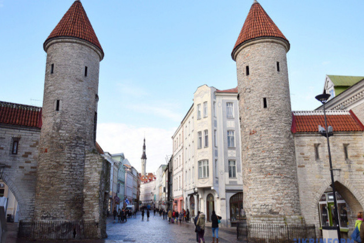 Estonia allows entry to fully vaccinated Ukrainian tourists