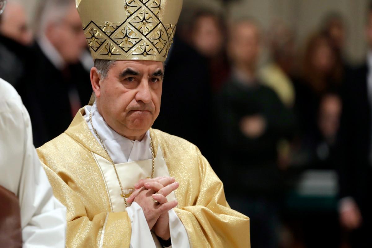Приближенный Папы римского предстанет перед судом по обвинению в мошенничестве