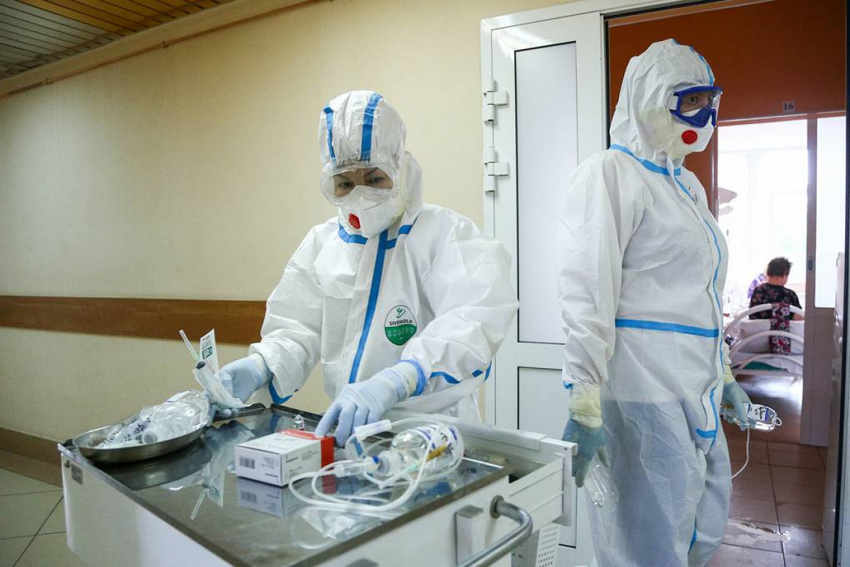 Russia reports over 25,000 daily COVID-19 cases, a new high since Jan. 2