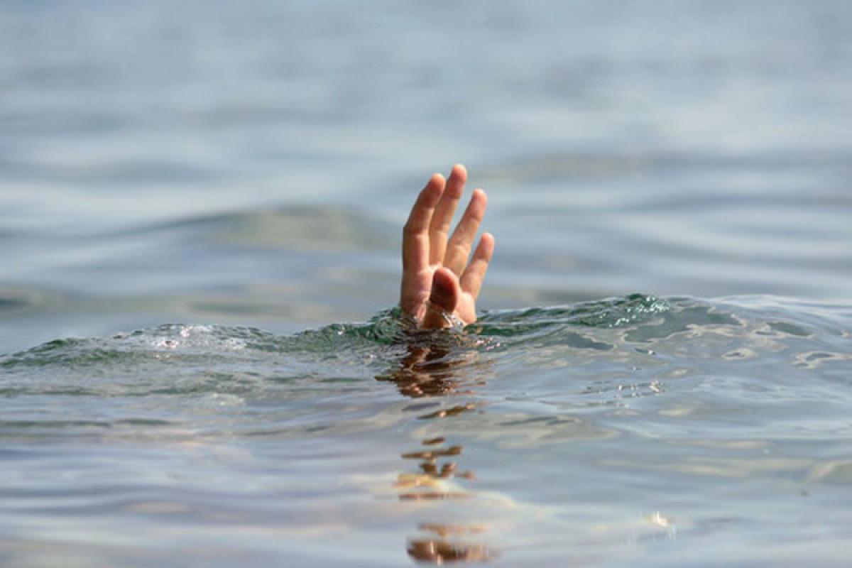 Обнаружено тело 52-летнего мужчины, утонувшего в море в Хазарском районе