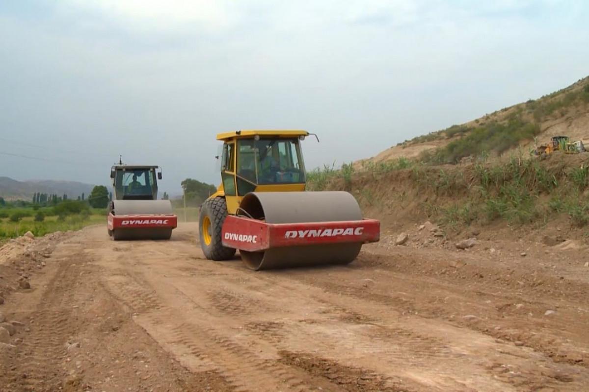 Khudafarin-Gubadli-Lachin and Khanlig-Gubadli highways being built