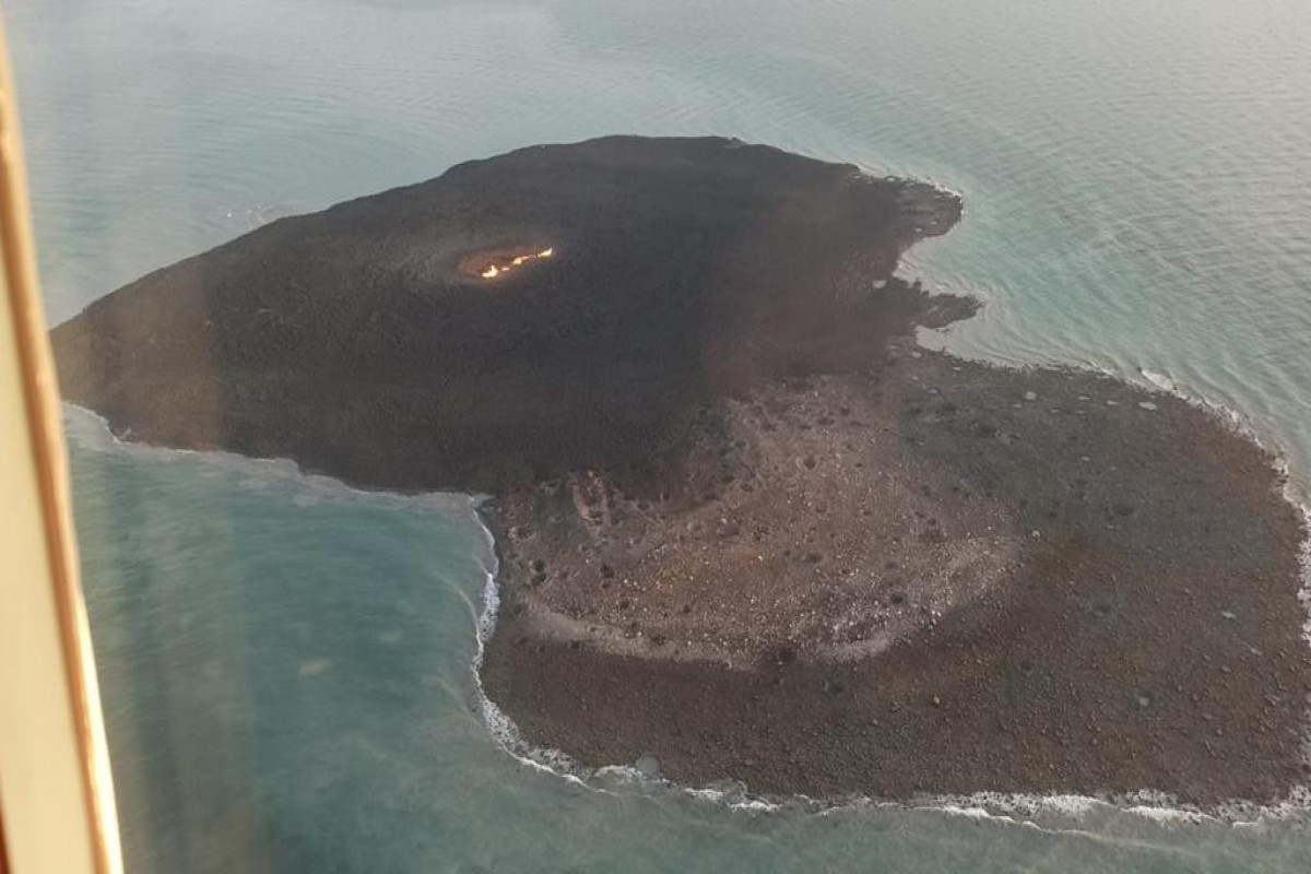 A height of a flame over volcano on the  Caspian Sea reaches 500 meters, ANAS says