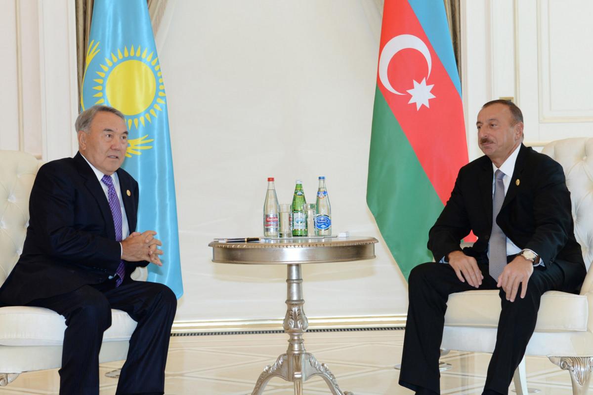 Президент Ильхам Алиев поздравил Нурсултана Назарбаева с днем рождения