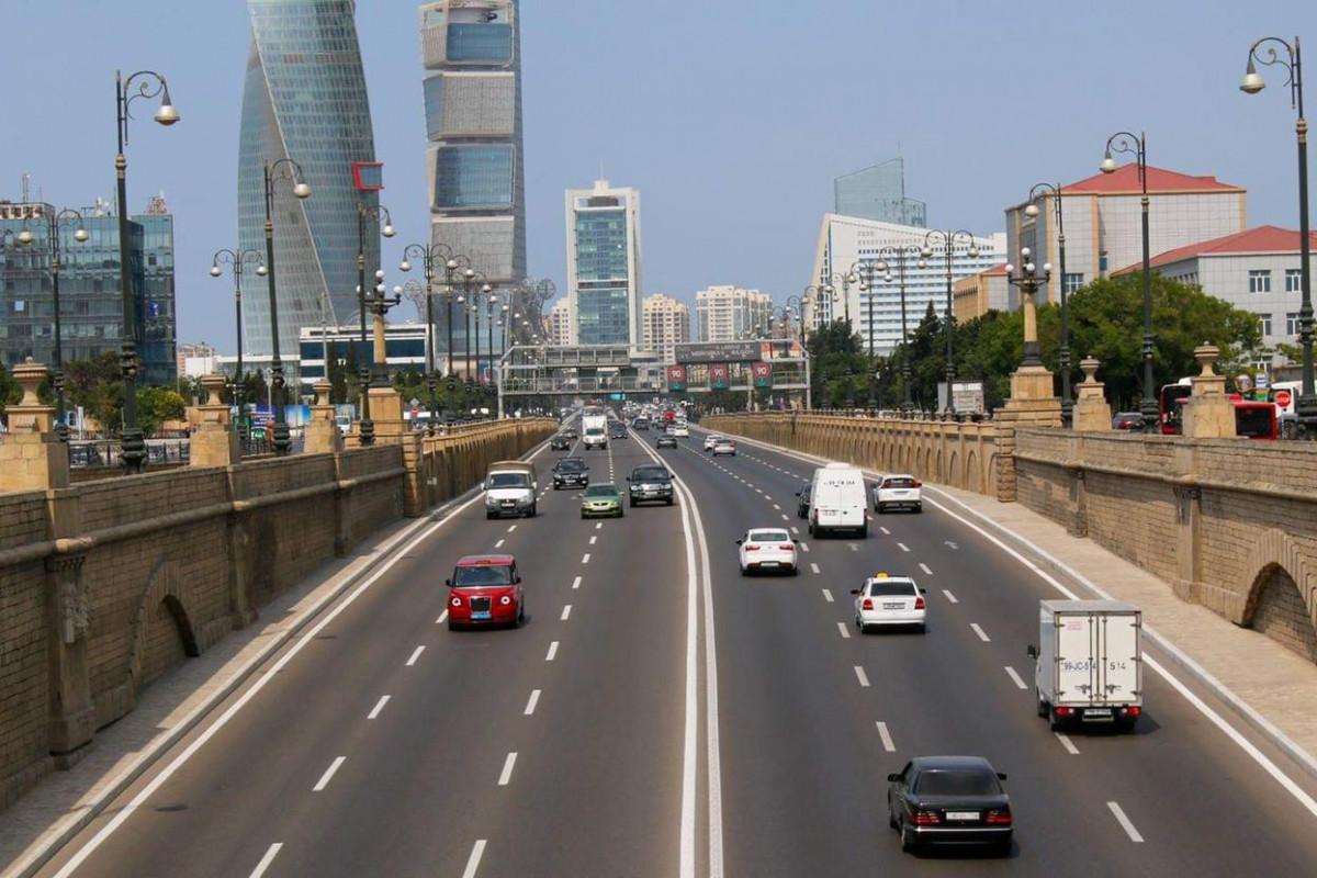 Движение автомобилей на главном проспекте столицы будет частично ограничено с сегодняшнего дня до 12 июля-ВИДЕО