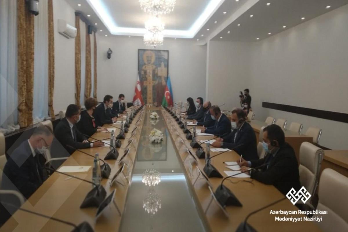 Azərbaycan-Gürcüstan parlamentlərarası əlaqələrin inkişaf perspektivləri müzakirə olunub