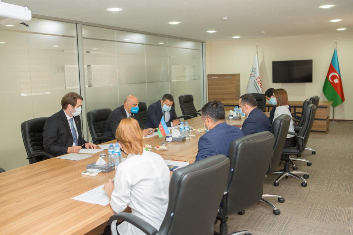 Обсуждены вопросы обмена опытом между США и Азербайджаном в сфере здравоохранения