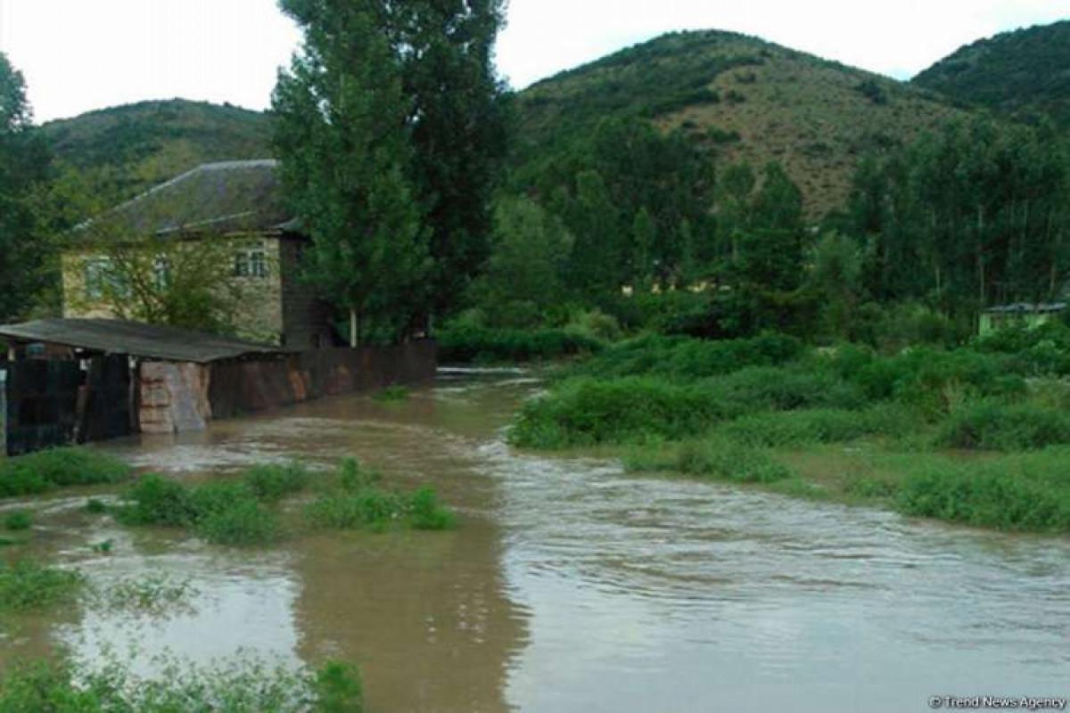 В Гедабее пастух утонул в селевом потоке