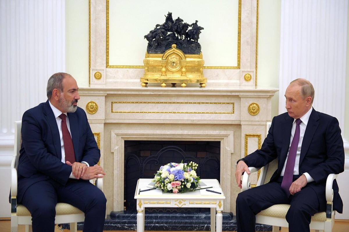 Путин провел встречу с Пашиняном