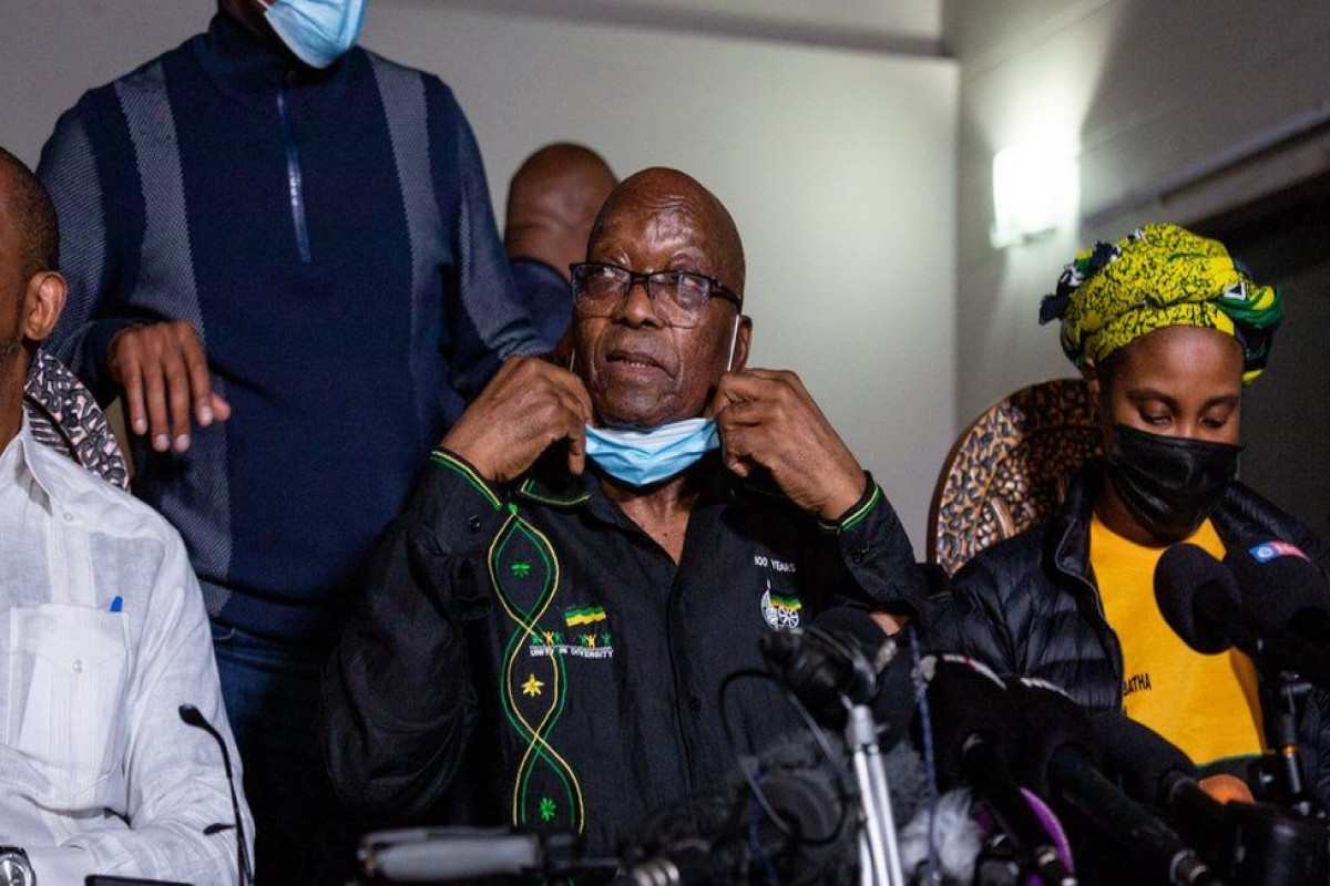 Zuma hands himself in to South African police