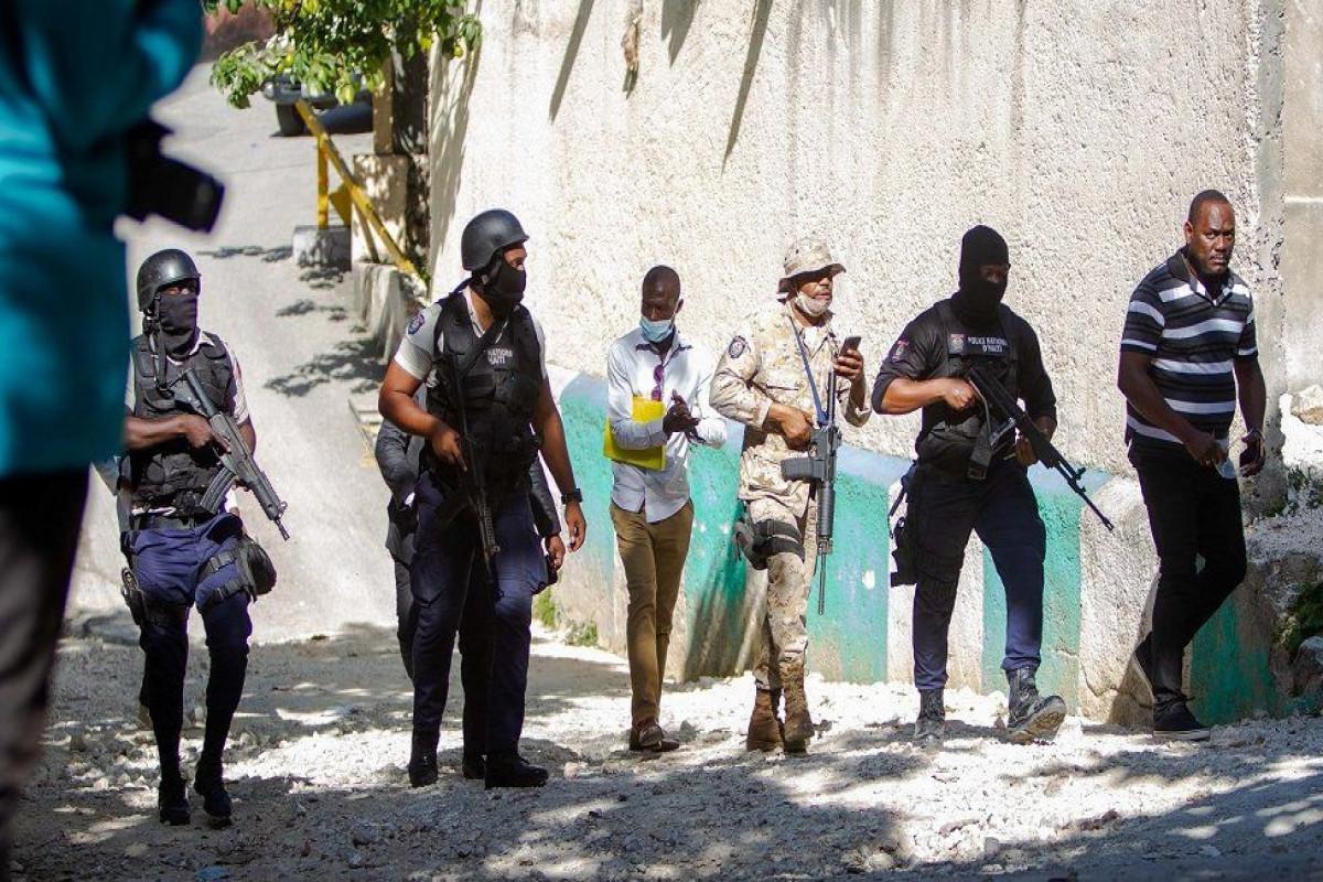 Police kill four after Haiti president assassinated