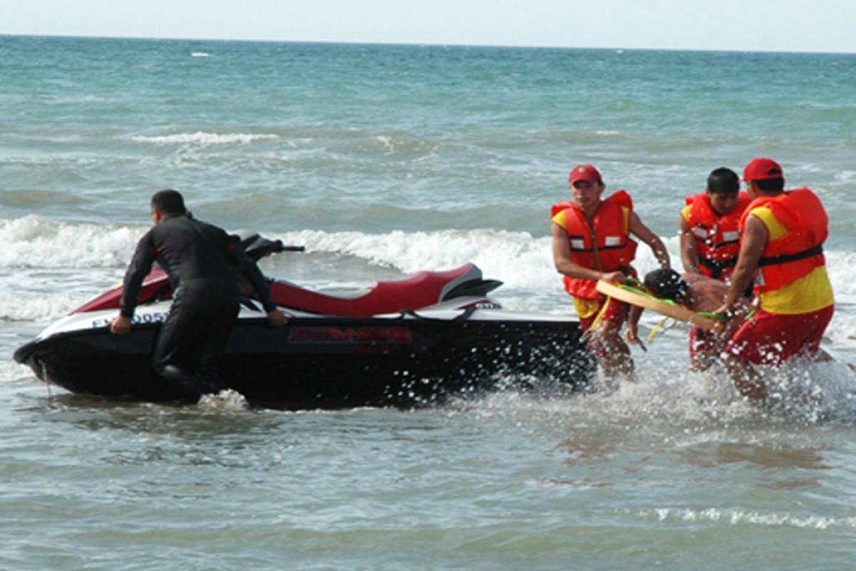 В Баку в море утонул 43-летний мужчина