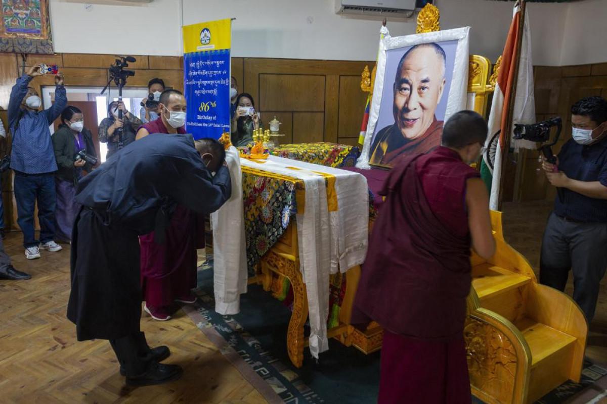 Tibetan spiritual leader the Dalai Lama praises India