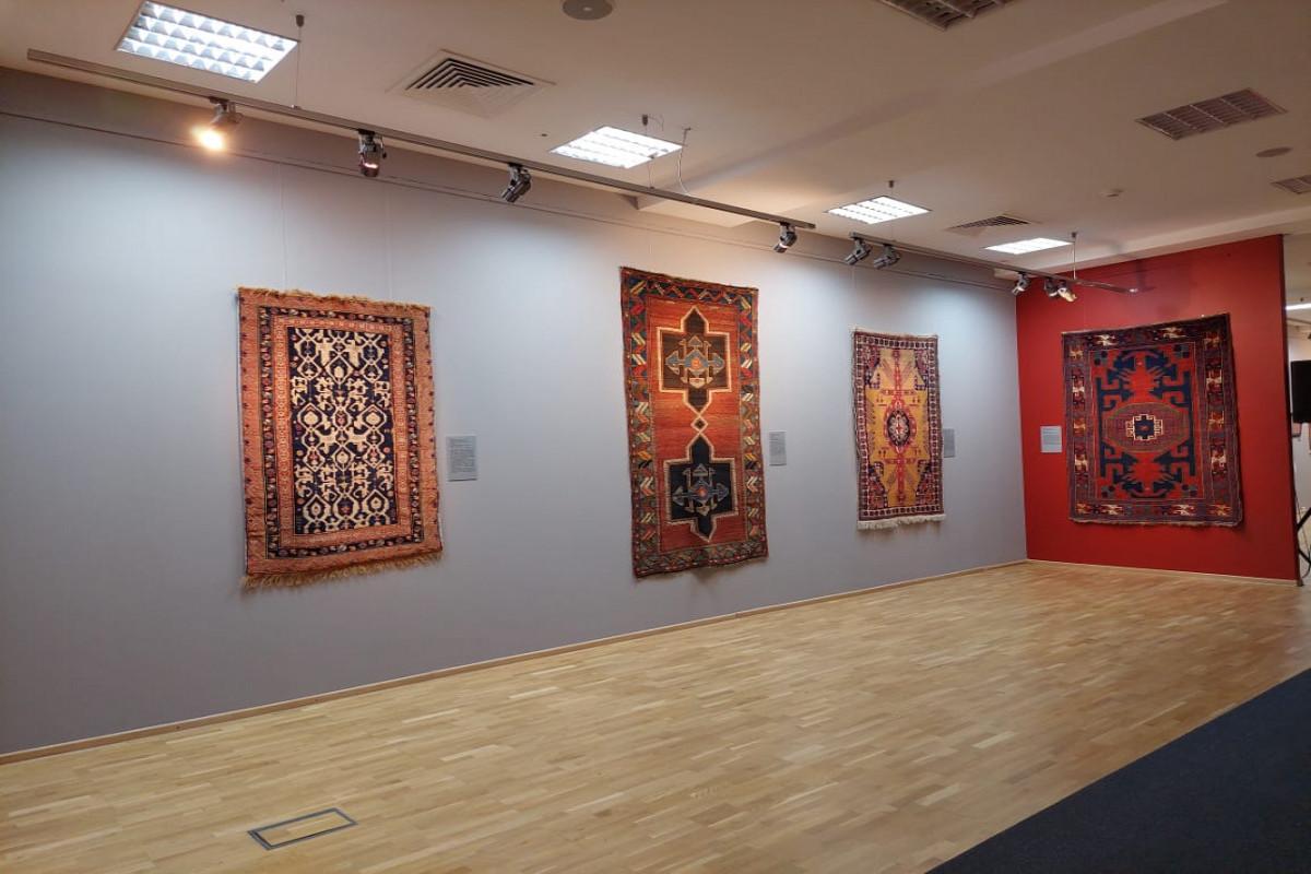 В Казани открылась выставка Азербайджанского национального музея ковра