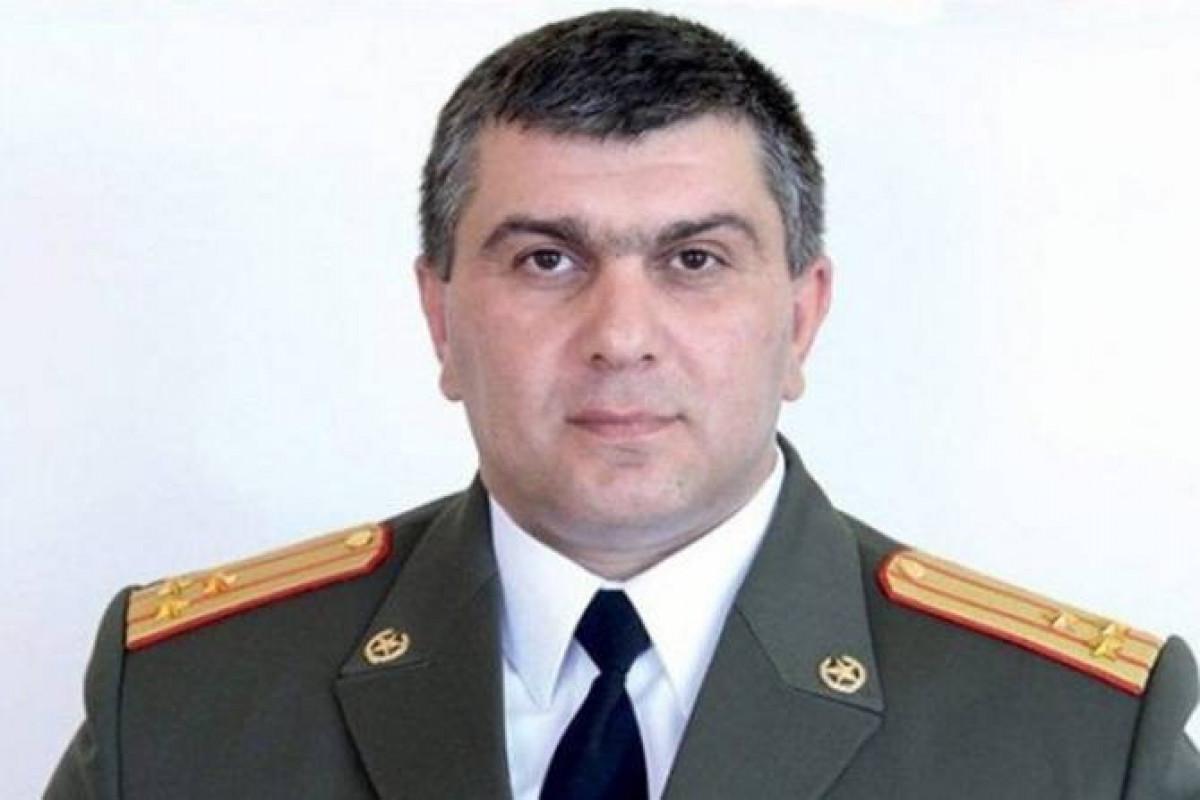 Ermənistanda Paşinyanın istefasını tələb edən korpus komandiri işdən çıxarılıb