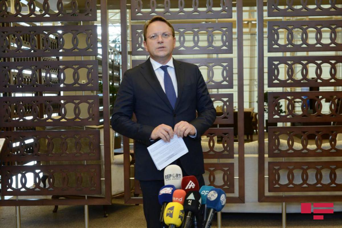 Комиссар ЕС: Азербайджан преодолел пандемию с минимальными потерями