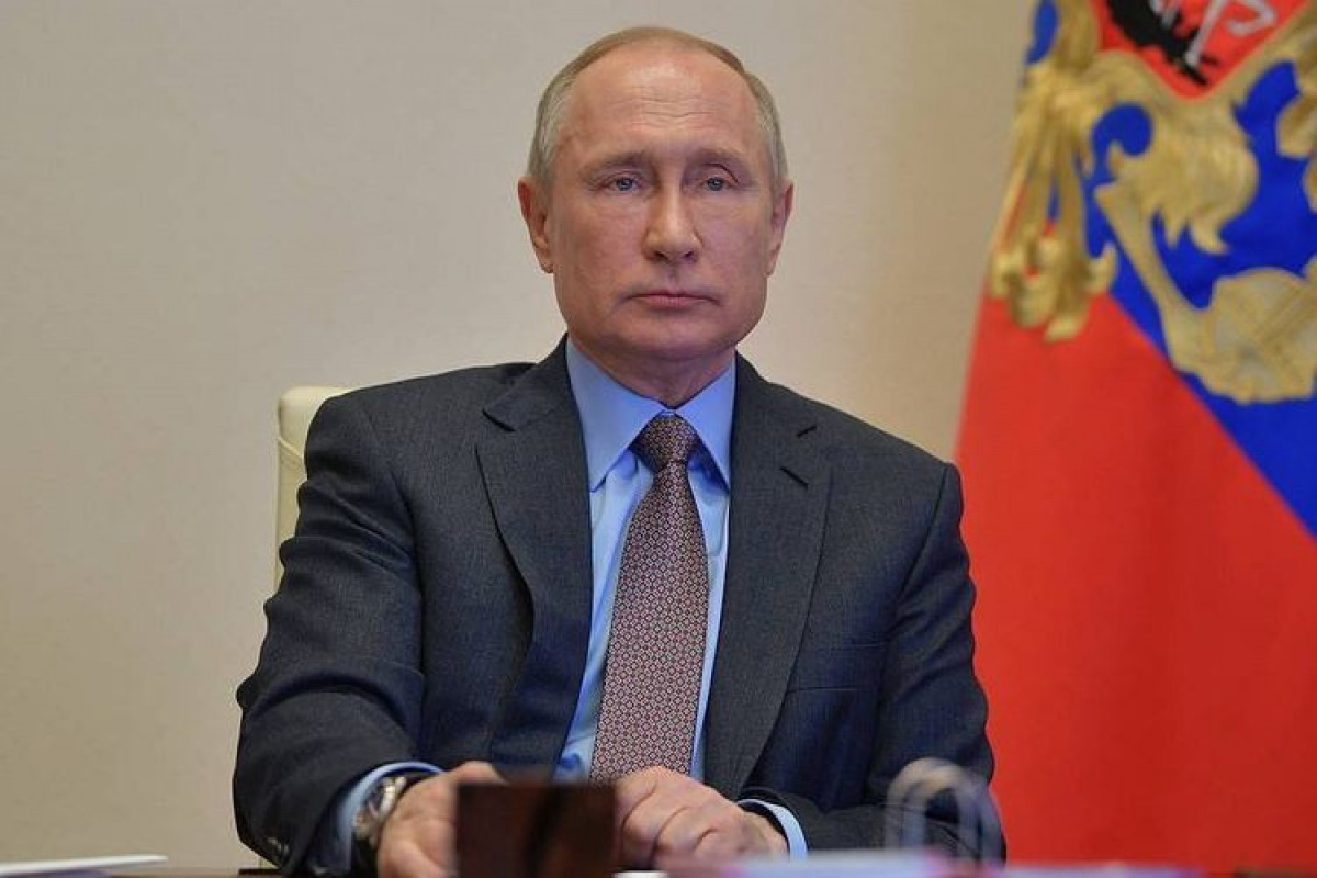 Russian President lifts restrictions on air service to Egypt