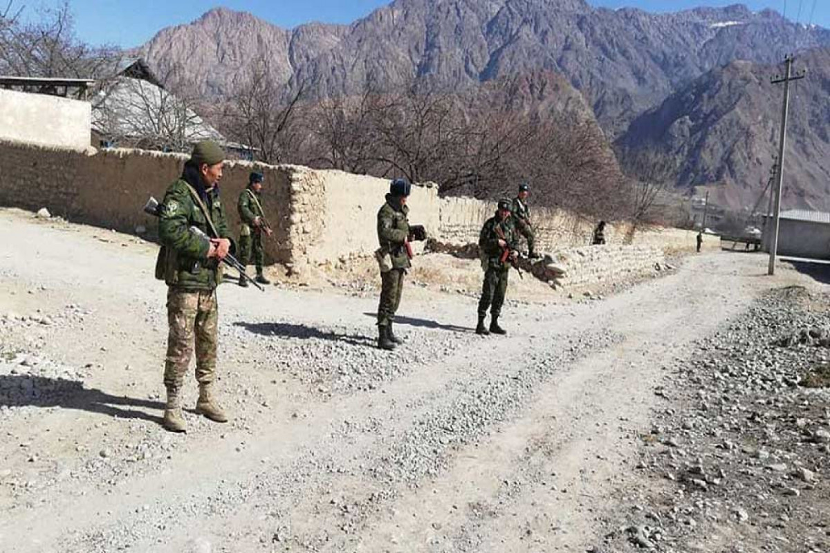 Между пограничниками Кыргызстанаи Таджикистана произошла перестрелка