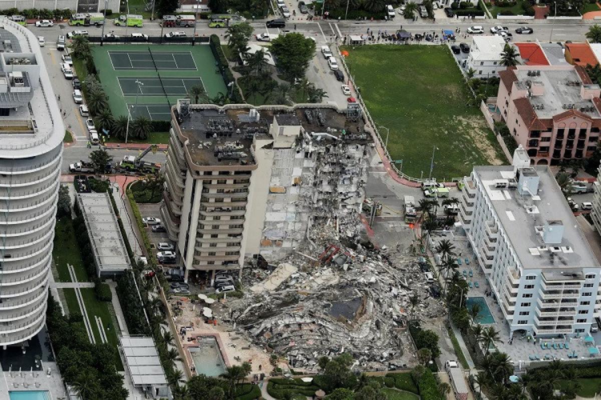 ABŞ-da binanın çökməsi nəticəsində ölənlərin sayı 64-ə çatıb