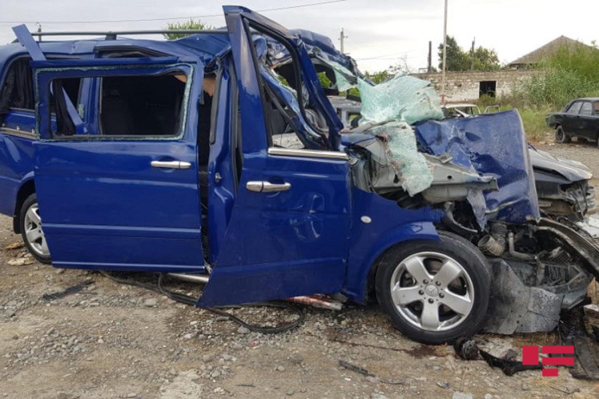 Ucarda yol qəzası baş verib, 5 ölü, 2 yaralı var - FOTO  - YENİLƏNİB 1  - VİDEO