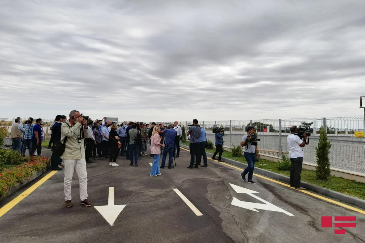 Представители дипкорпуса ознакомились с подстанцией «Физули» – ФОТО