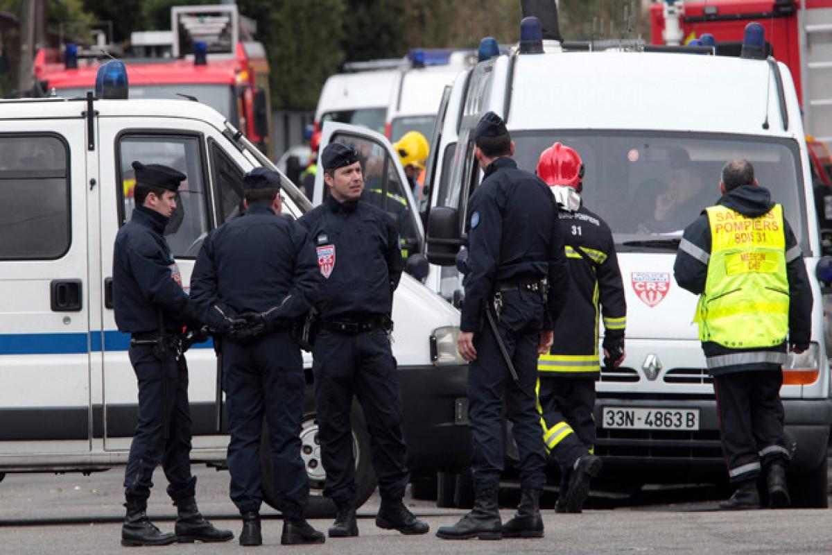 Fransada uşaq bağçası yaxınlığında silahlı insident zamanı 1 nəfər ölüb, 3 nəfər yaralanıb