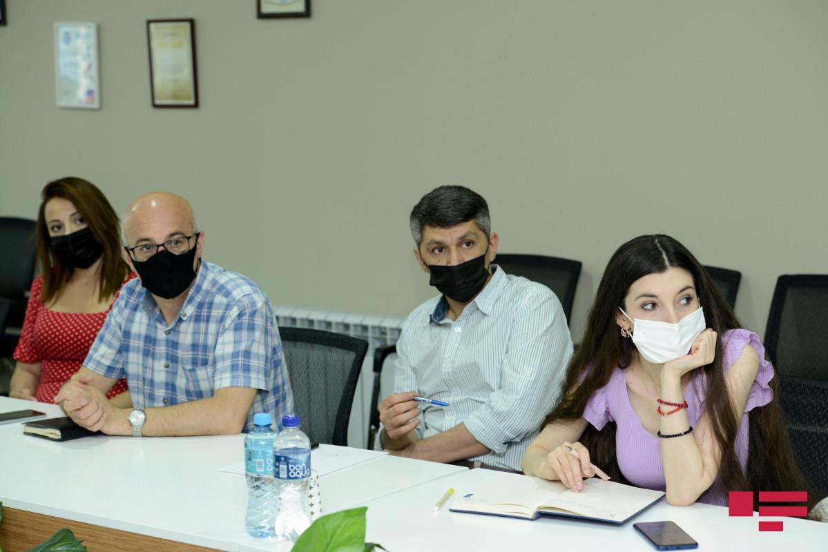 """""""Media haqqında"""" qanun layihəsi """"APA Group""""-da müzakirə olunub"""