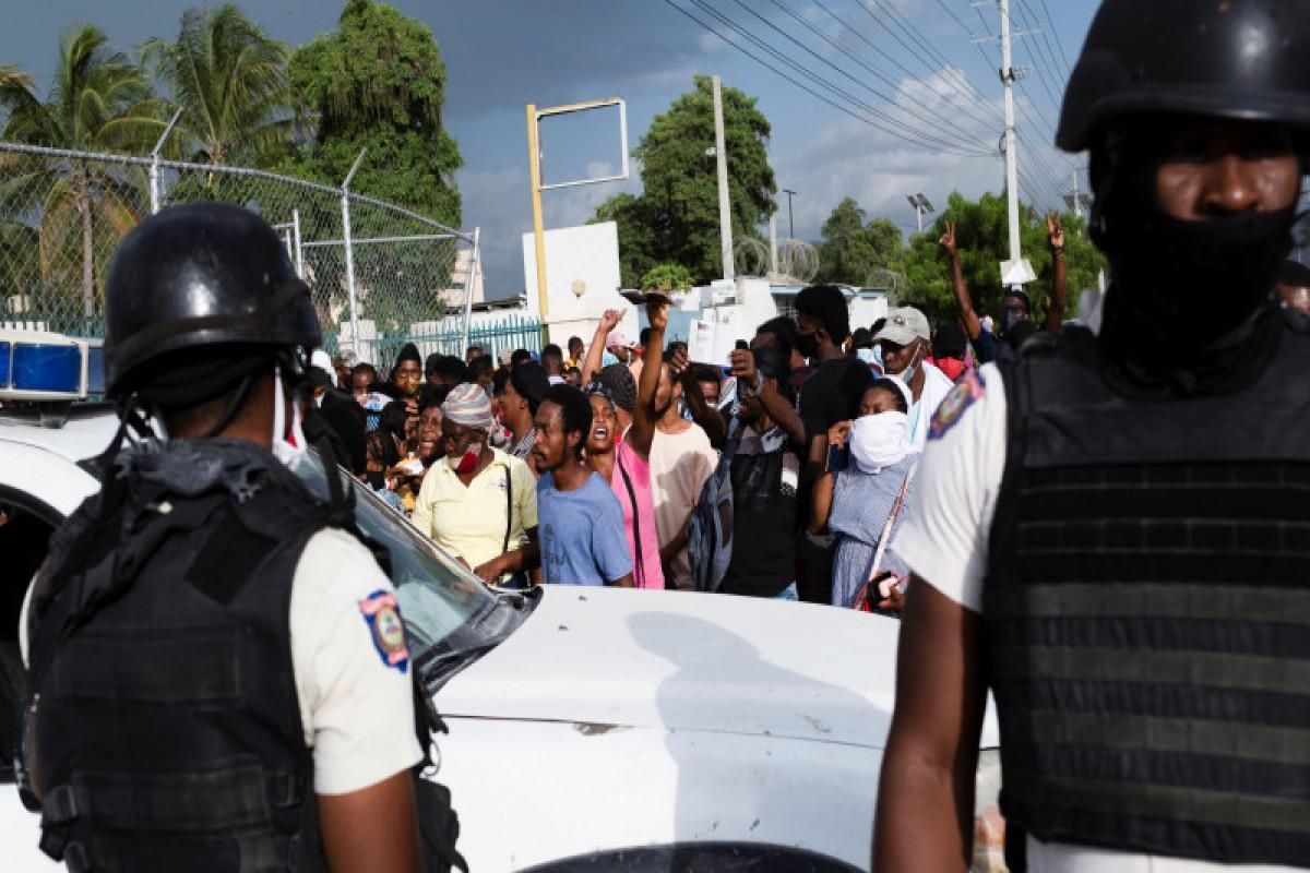 Власти Гаити попросили ООН направить в страну войска