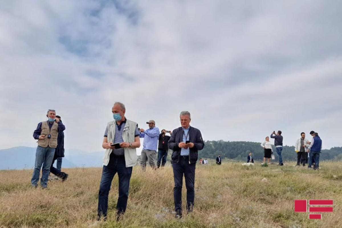 Иностранные дипломаты побывали на Джыдыр дюзю в Шуше-ФОТО -ВИДЕО
