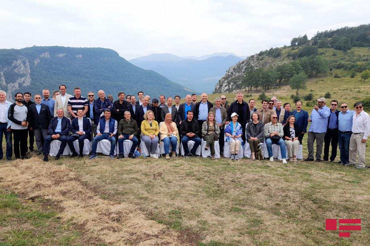 Diplomatik korpus nümayəndələrinin Şuşaya səfəri başa çatıb - FOTO