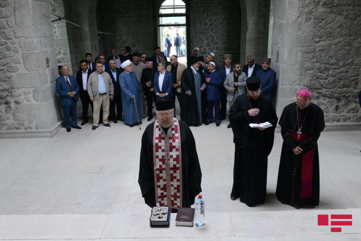 Руководители христианских религиозных общин Азербайджана приняли участие в совместной молитве в Русской Православной Церкви в Шуше
