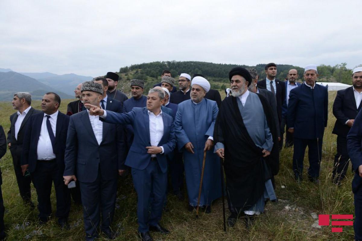 Azərbaycandakı dini konfessiya rəhbərləri Cıdır düzündə olub