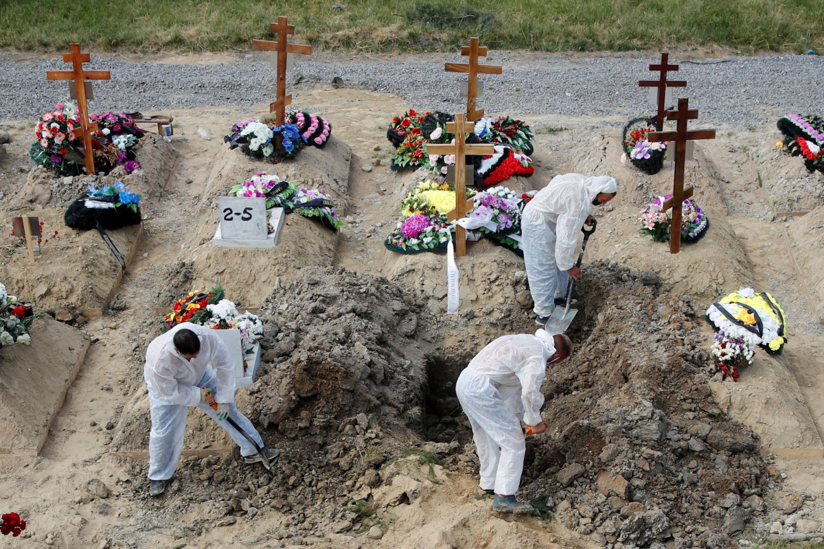 Russia reports record high daily COVID-19 deaths, over 25,000 new cases